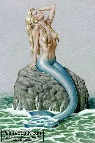 ... aneh, yang muncul di permukaan laut luas dekat sebuah gugusan karang